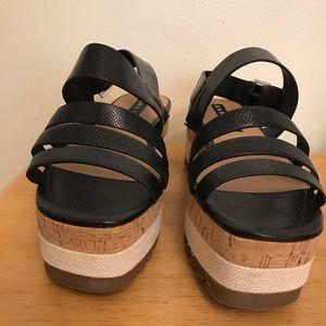 ZARA TRAFALUT woman's platform sandals